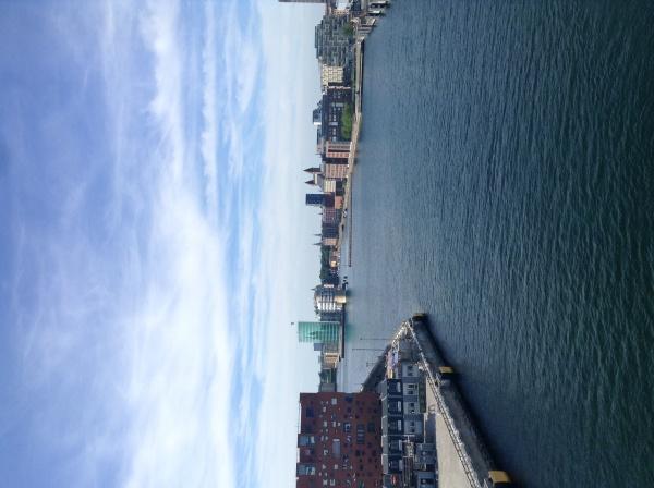 快晴!コペンハーゲン港_f0350053_16540999.jpg