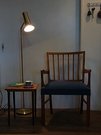 arm chair_c0139773_17342451.jpg