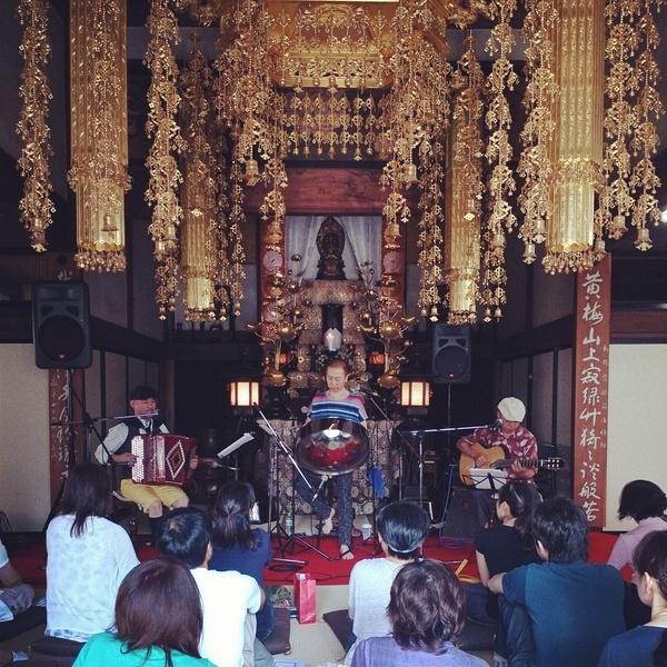 お寺コンサート 無事終了しました。_e0239118_1046479.jpg