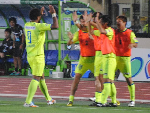 湘南vs熊本@ShonanBMWスタジアム平塚(参戦)_b0000829_0303795.jpg