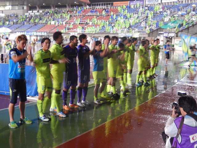 湘南vs熊本@ShonanBMWスタジアム平塚(参戦)_b0000829_0373366.jpg