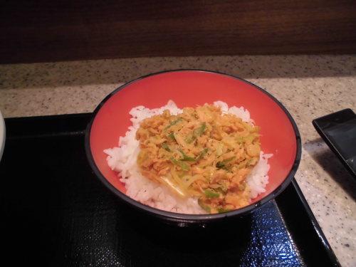 9杯目:富士そば昭和通り店で鮭ごはんセット_f0339637_09123075.jpg