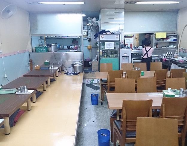 ソウル朝食 駅三駅(ヨクサムヨク)編 _b0060363_12475512.jpg