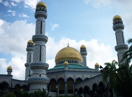 ボルネオ島の最も美しいモスク_a0132757_1429823.jpg