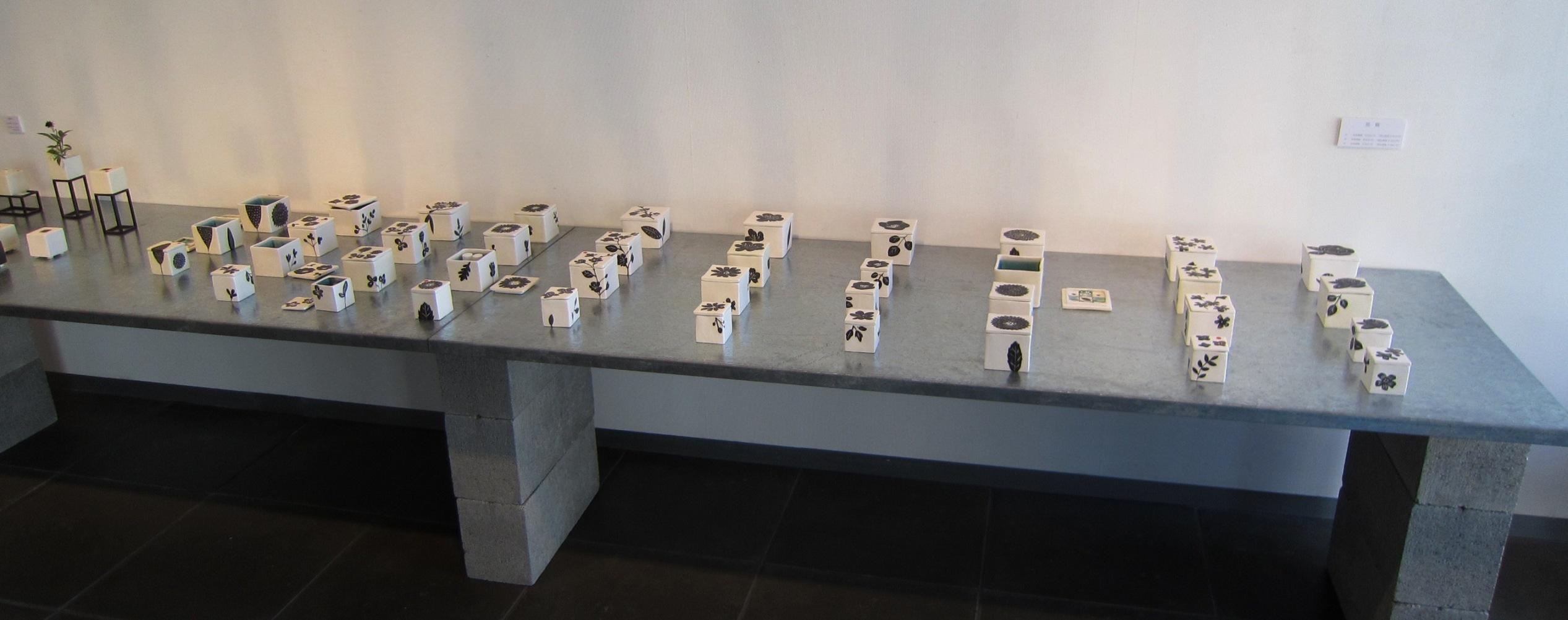 2423) 「岩寺かおり展 『ハナノハコ』(陶芸)」 創 終了/7月16日(水)~7月21日(月)_f0126829_784817.jpg