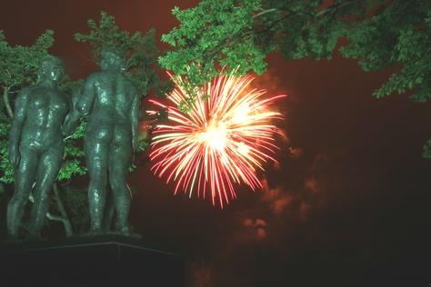 湖面を彩る花火に喝采 ~十和田湖湖水まつり~_f0237658_14152892.jpg
