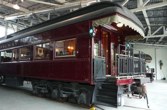 スコーミッシュの鉄道博物館で古き良き時代の列車見学!_d0129786_7153891.jpg