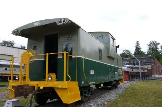 スコーミッシュの鉄道博物館で古き良き時代の列車見学!_d0129786_9105936.jpg