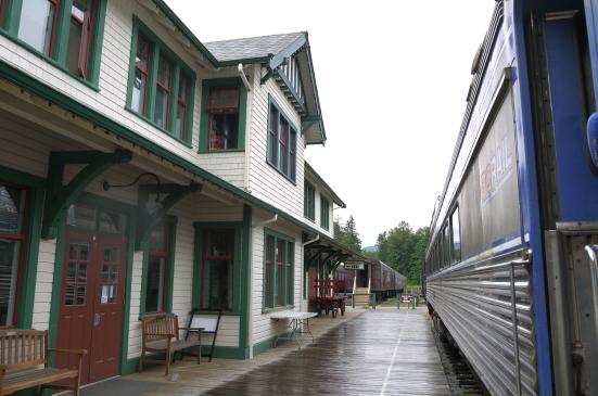 スコーミッシュの鉄道博物館で古き良き時代の列車見学!_d0129786_912638.jpg