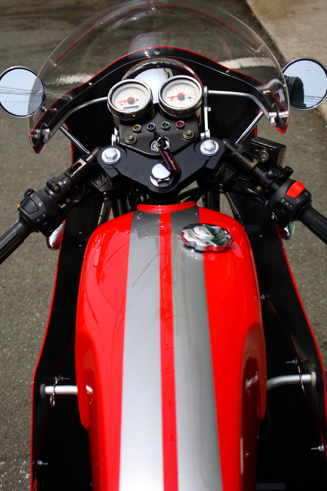 SNAKE MOTORS 77 ご予約受付中です_f0105425_2046547.jpg