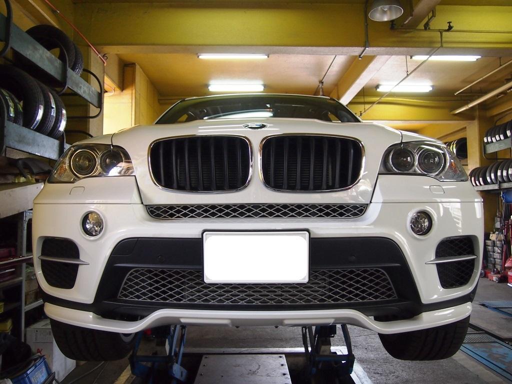 BMW・E70系X5にヒッチメンバー取付_e0188729_1144191.jpg