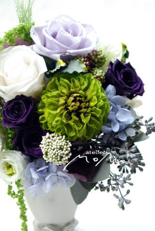 ホワイト&ラベンダーのお花で♪_a0136507_21363242.jpg