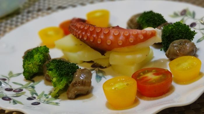 干タコのオーブン焼きと砂肝のコンフィ_b0290816_18225564.jpg