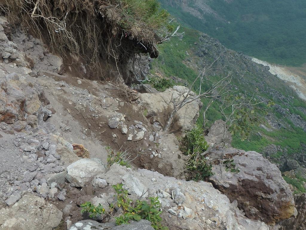 地震後の恵庭岳、再び 7月25日_f0138096_22101888.jpg