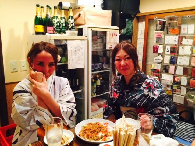 天神祭の大阪は暑い。1/2_a0050302_4102952.jpg