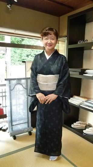 野田淳子さん、素敵な宮古上布に藤布の帯。_f0181251_12333939.jpg