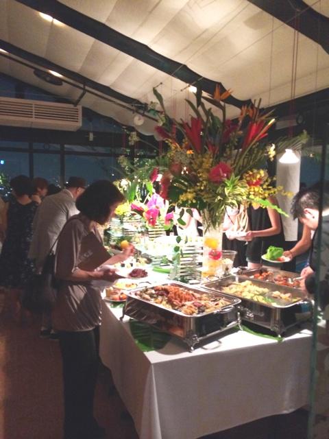 天空レストラン「THIRTY SIX California Cuisine & Bar」復活オープンの夜♪_a0138976_2125554.jpg