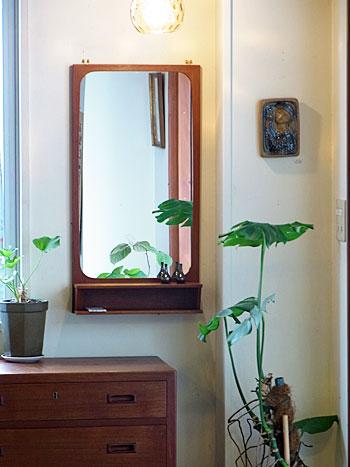 mirror_c0139773_1525617.jpg
