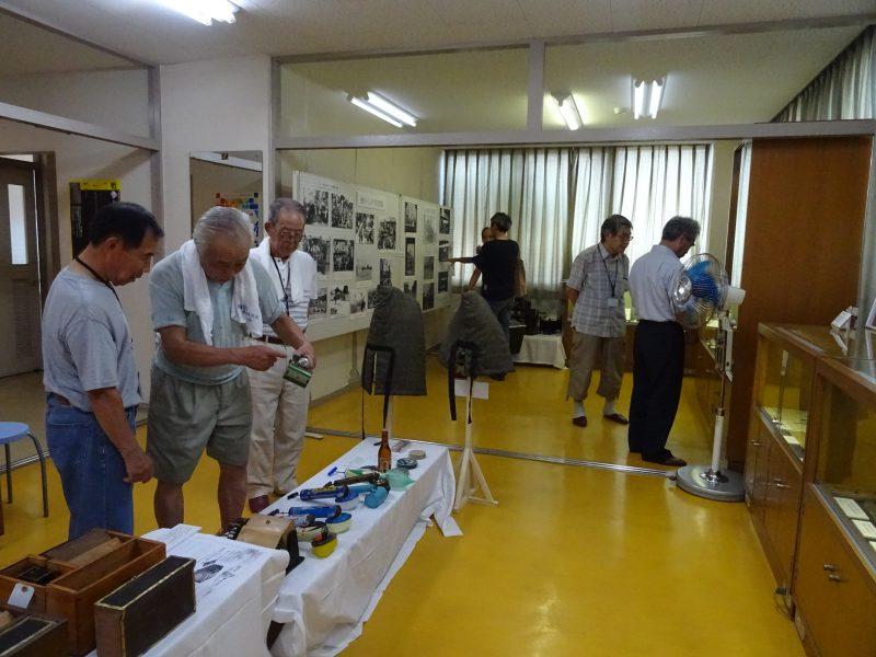 「あたご歴史資料館」防空壕を復元して展示しています。_e0187286_14342452.jpg
