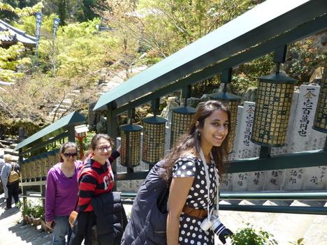 Walking tour in spring_a0255452_15221739.jpg