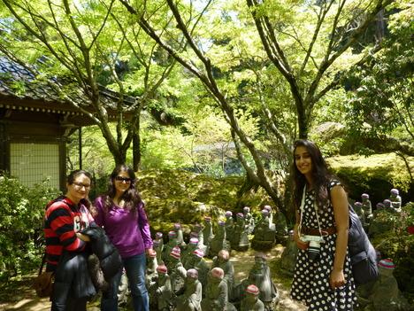 Walking tour in spring_a0255452_15223989.jpg
