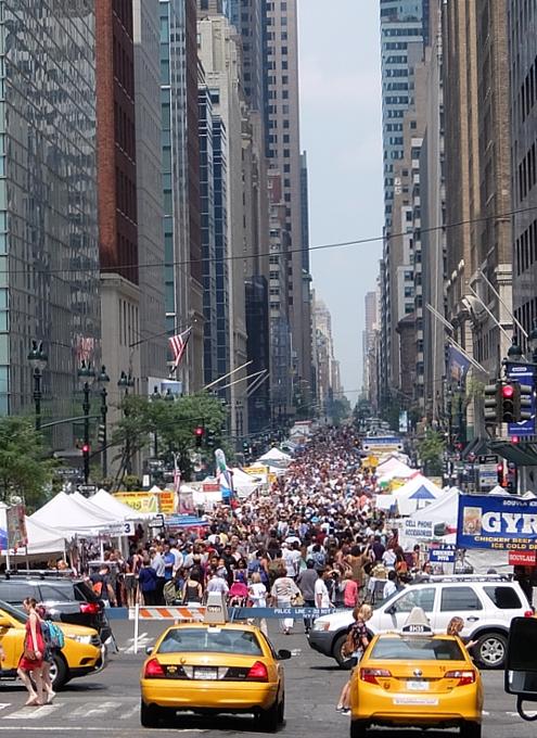 夏のニューヨークの見所、ストリート・フェア(8月のスケジュール付)_b0007805_22453068.jpg