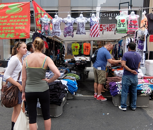 夏のニューヨークの見所、ストリート・フェア(8月のスケジュール付)_b0007805_22471686.jpg