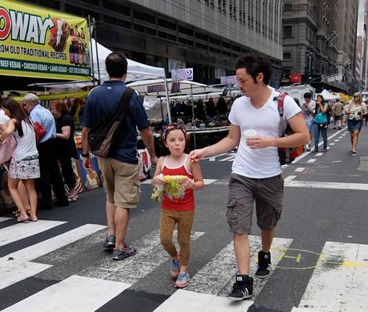 夏のニューヨークの見所、ストリート・フェア(8月のスケジュール付)_b0007805_23121380.jpg