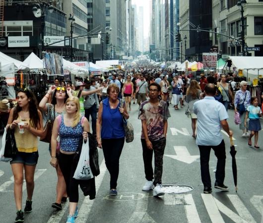 夏のニューヨークの見所、ストリート・フェア(8月のスケジュール付)_b0007805_2373233.jpg