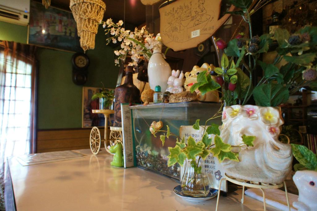 古い喫茶店にて_c0057415_21494584.jpg