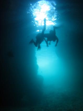 ボートで青の洞窟へ☆_a0156273_1621789.jpg