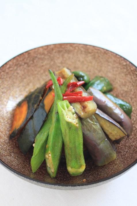 レシピ「夏野菜の南蛮漬け」とル・ノーブルさんのきらきら光る幸せのガラス食器のこと♪_a0154192_1025053.jpg