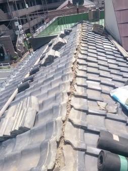 板橋区の上板橋で瓦屋根工事_c0223192_1932799.jpg