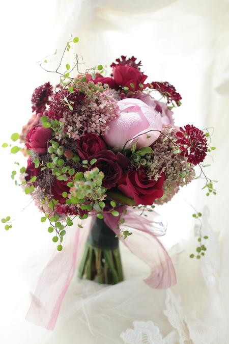 ドレスの後ろにつける花、バックコサージュ 椿山荘東京様へ_a0042928_2211799.jpg