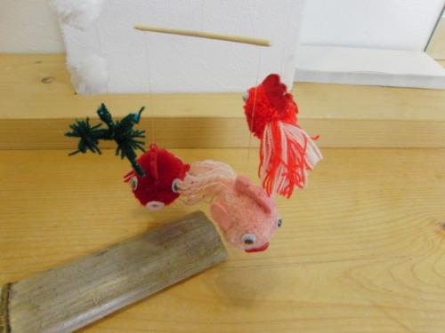 ポンポン人形 ~ 金魚のモビール ~_e0222340_15424256.jpg