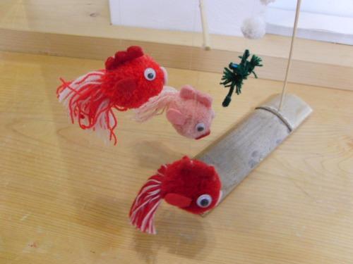 ポンポン人形 ~ 金魚のモビール ~_e0222340_15425330.jpg