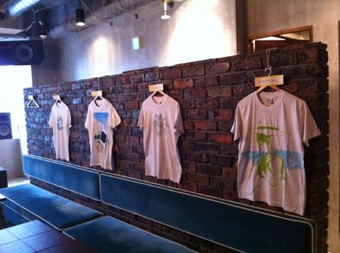 Tシャツ展示_a0136846_1192447.jpg