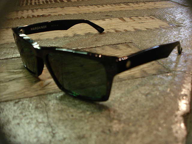 "NEW : ELECTRIC [SUNGLASSES] ""Made in ITALY\"" !!_a0132147_23581069.jpg"