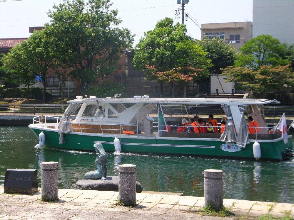 富山の運河を楽しむ_e0087201_00283799.jpg