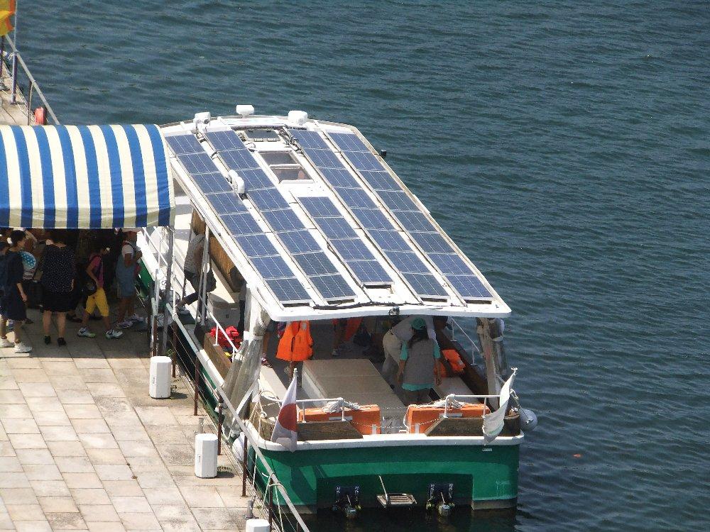 富山の運河を楽しむ_e0087201_00352686.jpg