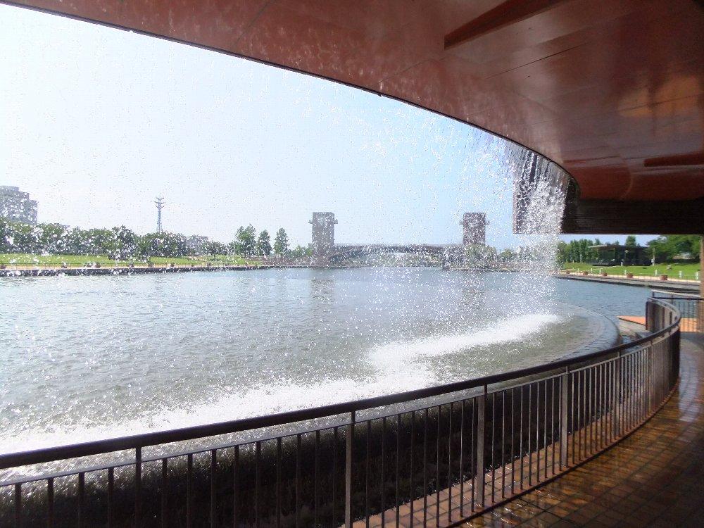 富山の運河を楽しむ_e0087201_00392945.jpg