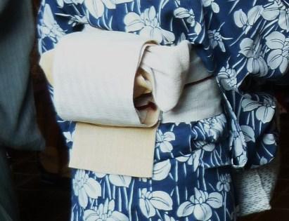 上七軒・マサヨさんの浴衣姿・営業時間のお知らせ。_f0181251_1922997.jpg