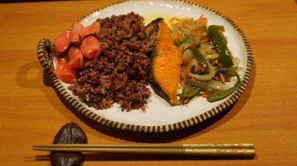 夕飯は焼き魚_e0166355_20121836.jpg