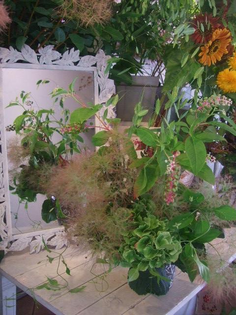 オークリーフ花の教室(出口さんと落合さんの作品)_f0049672_14423557.jpg
