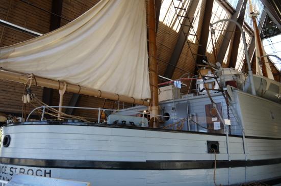キツラノの海事博物館を覗いてからビーチをお散歩♪_d0129786_6593495.jpg