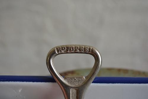 British vintage bottle opener_f0226051_17211361.jpg