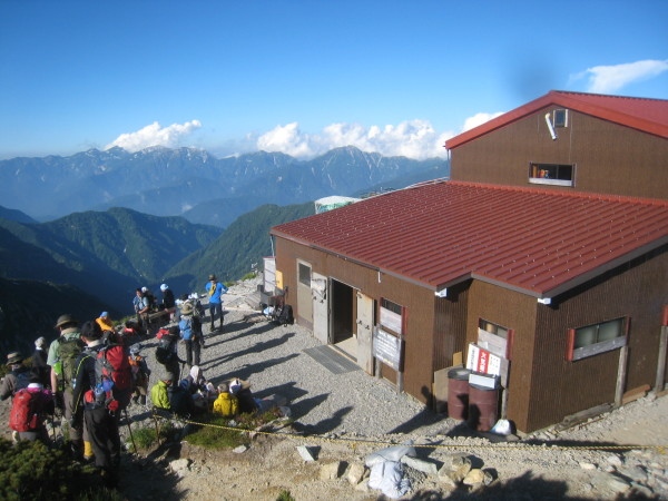 今年の夏山登山は立山縦走でした。_e0121558_23140741.jpg