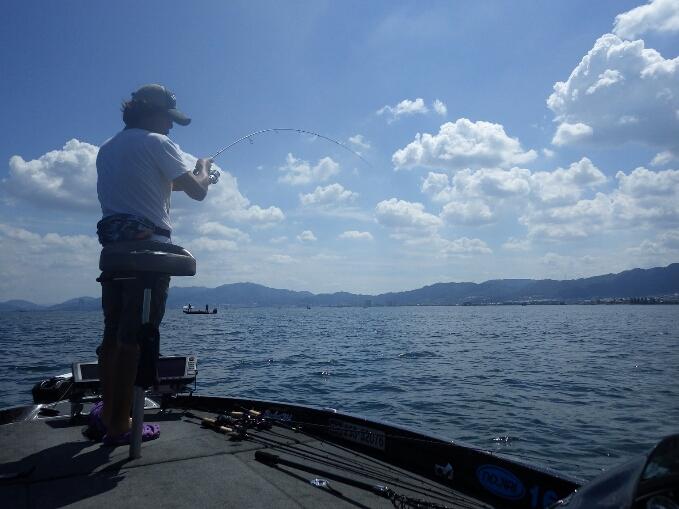 琵琶湖でルアーテスト_b0198668_0334620.jpg