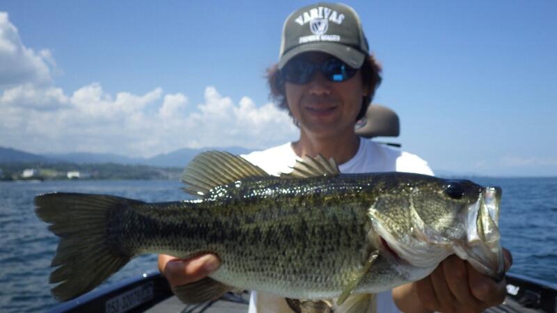 琵琶湖でルアーテスト_b0198668_0404192.jpg