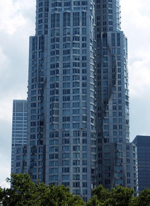 その名も「ゲーリーによるニューヨーク」(New York by Gehry)!? 巨匠建築家Frank Gehry氏の最新傑作建築_b0007805_21212775.jpg